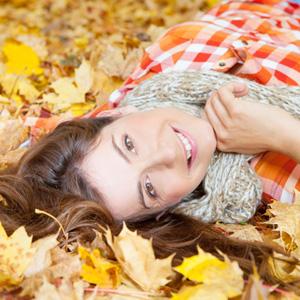 woman-leaves